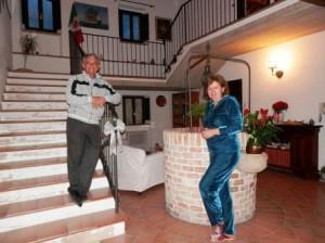 B&B-pozzo-vivalpa-ancona-jesi-serra-de-conti-campagna-relax-proprietari-vino-olio